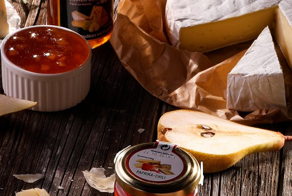 We took shots of stylized andof courseconstantly took bites of cheeses with tasty sauces for kaufland maison didée